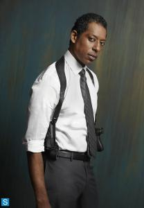 Frank Irving (Orlando Jones)