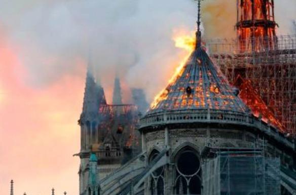 Notre Dame fire_BBC