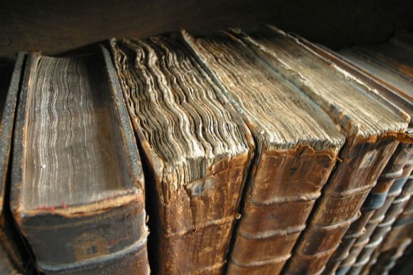 1280px-Old_book_bindings
